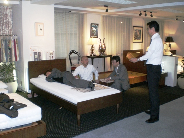 http://www.karimoku.co.jp/blog/domani-nihonbashi/CIMG0083.JPG