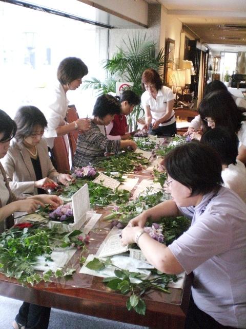 http://www.karimoku.co.jp/blog/domani-nihonbashi/CIMG2148.JPG