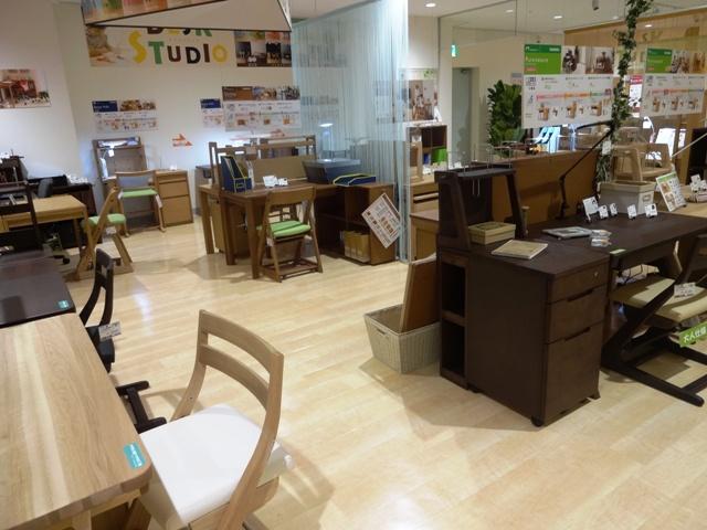 http://www.karimoku.co.jp/blog/domani-nihonbashi/DSC04098.JPG