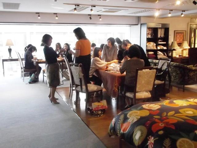 http://www.karimoku.co.jp/blog/domani-nihonbashi/DSCF0248.jpg