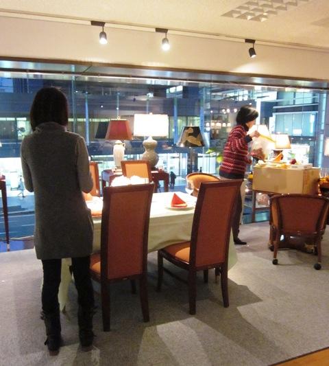 http://www.karimoku.co.jp/blog/domani-nihonbashi/IMG_1199.JPG