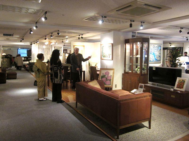 http://www.karimoku.co.jp/blog/domani-nihonbashi/IMG_1360.JPG