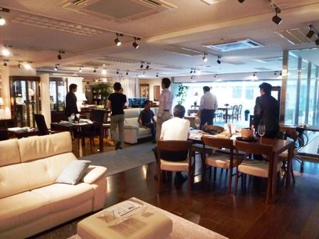 http://www.karimoku.co.jp/blog/domani-nihonbashi/P1010567.JPG