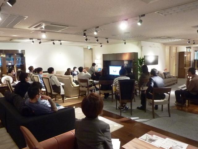 http://www.karimoku.co.jp/blog/domani-nihonbashi/P1020228.JPG