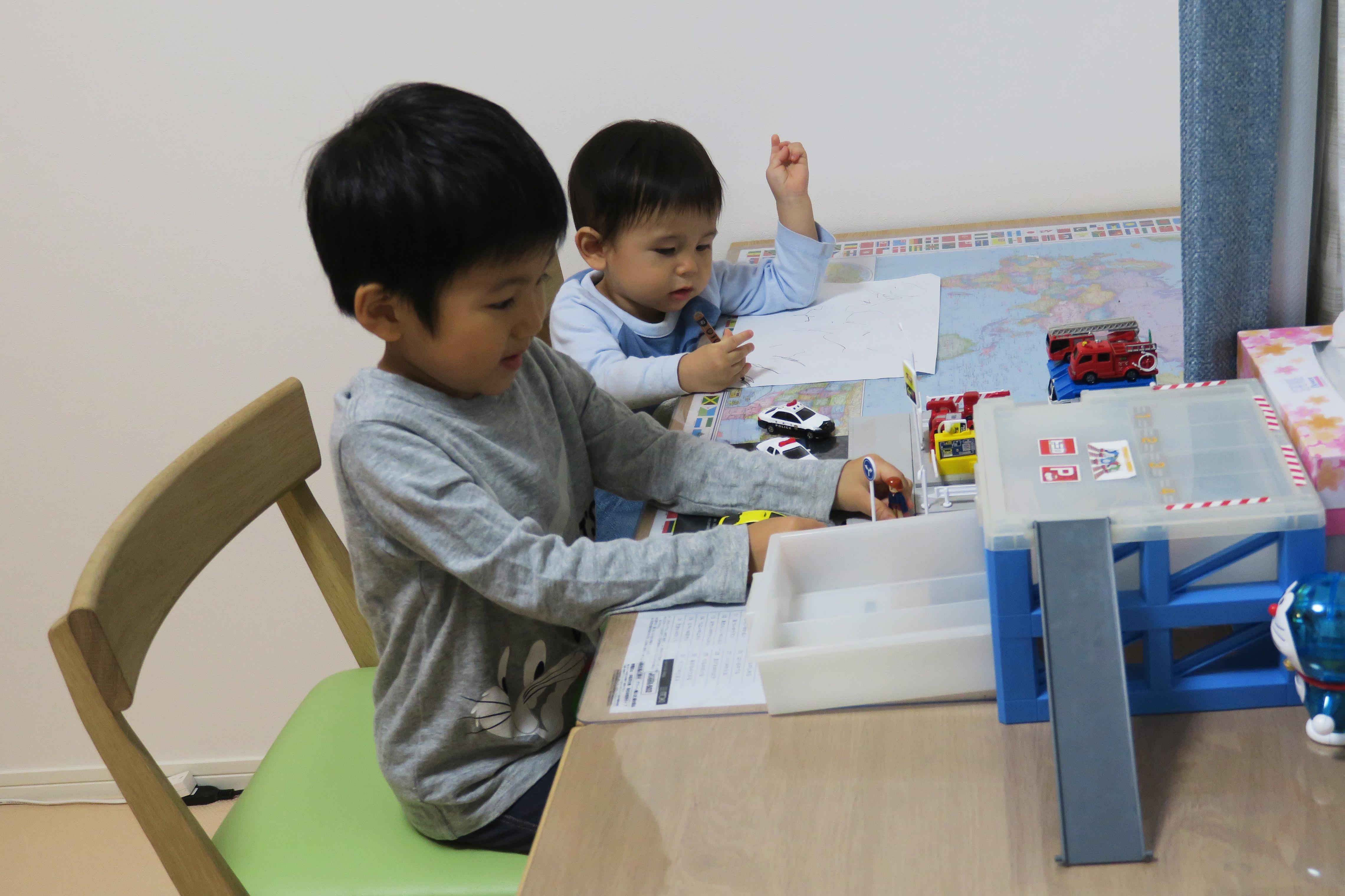 http://www.karimoku.co.jp/blog/gakusyu/IMG_1455.JPG