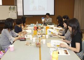 http://www.karimoku.co.jp/blog/gakusyu/assets_c/2010/06/100524-thumb-272x194-1605.jpg